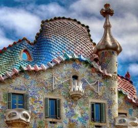Архитектура Барселоны - Антонио Гауди